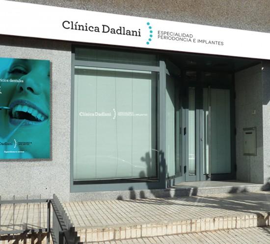 CLINICA DADLANI fachada